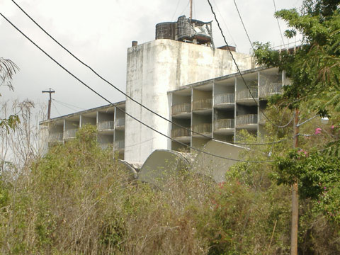 Ponce Intercontinental Abandonado